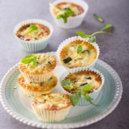 recette Mini-quiches feta courgettes carinne teyssandier